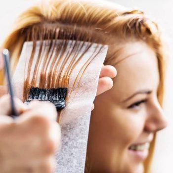 Мелирование в салоне парикмахерской На Речной
