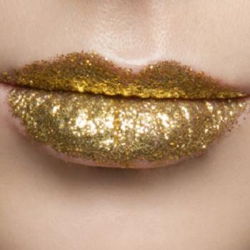 811 Профессиональный вечерний макияж в салоне красоты На Речной в Красногорске