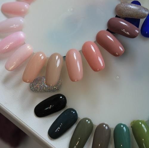 Наращивание ногтей на типсы в салоне красоты На Речной в Красногорске