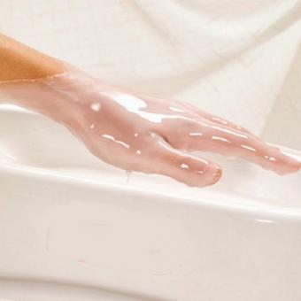 1.1 Парафинотерапия, парафиновые ванночки и компрессы для рук в салоне красоты На Речной в Красногорске