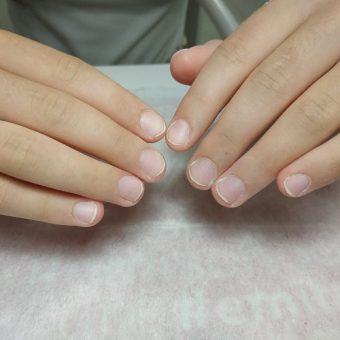 7-C Ногти подготовлены к наращиванию, фото работы мастера ногтевого сервиса салона На Речной в Красногорске